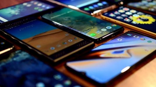 Samsung, 10 Nisan'da yeni telefonlarını tanıtacak